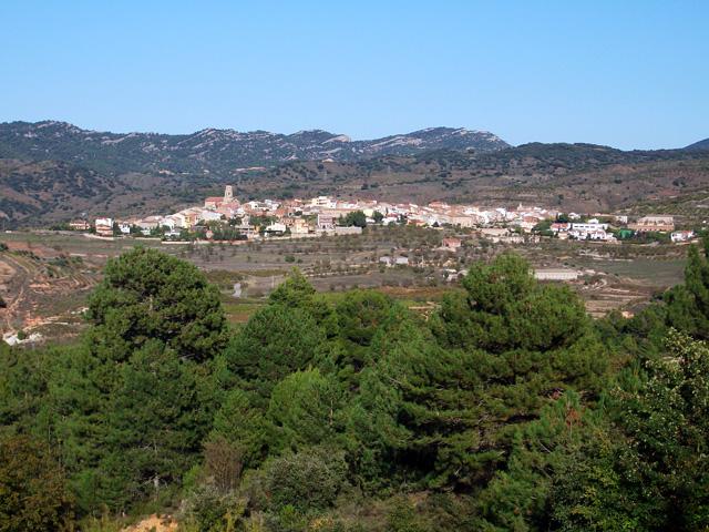 Ulldemolins, vist des del camí de les ermites a Ulldemolins.