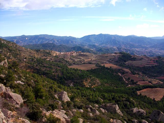 Vistes fantàstiques. El poblet de l'esquerra és la Morera.
