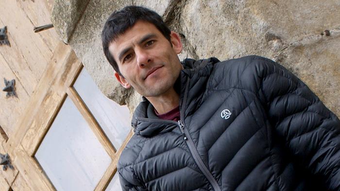 Pep Farré, escalador, bomber i historiador, a Cornudella de Montsant. Foto: Carles X. Cabós.